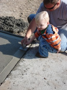 Elliot edging concrete